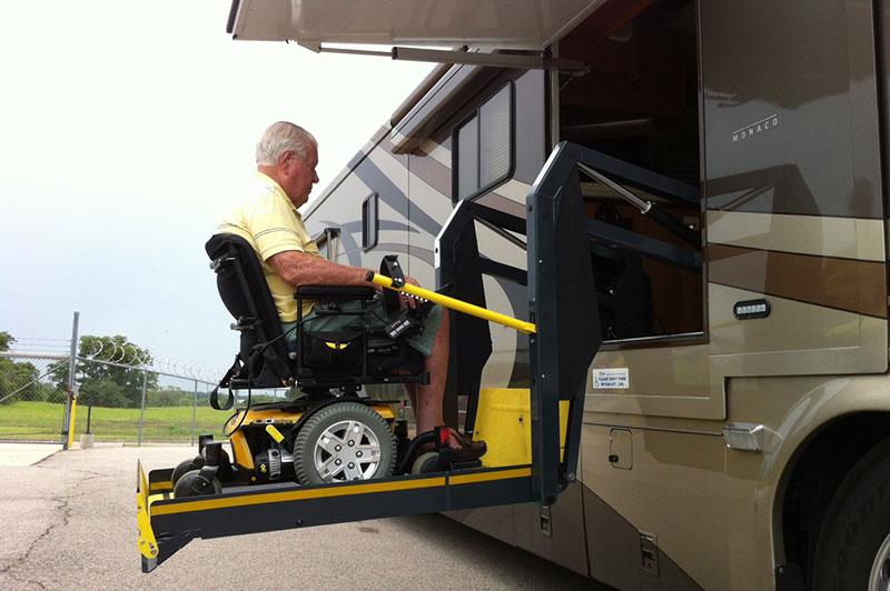 Startracks RV Auto Lift  Tow