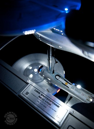 60d2f829791da8b477e6d28f91dcf96b QMx Unveils 2009 Star Trek Movie Enterprise Replica