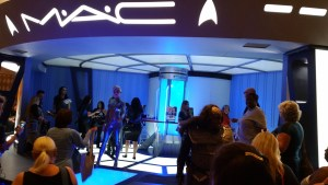 huge MAC display at STLV50
