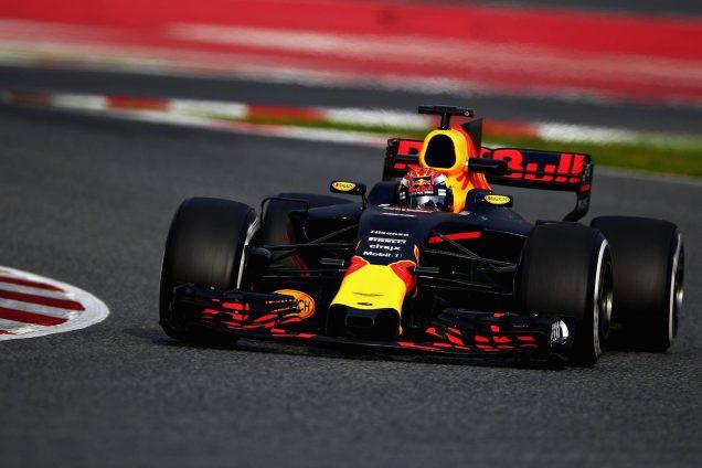 max-verstappen-red-bull-on-track-barcelona-2-f1-pre-season-testing-2017