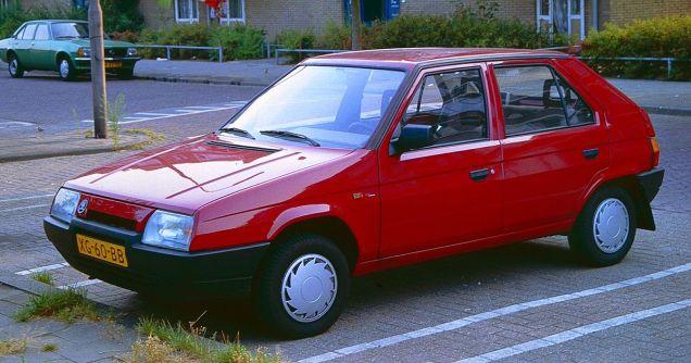 1200px-Skoda_Favorit_Utrecht_1989