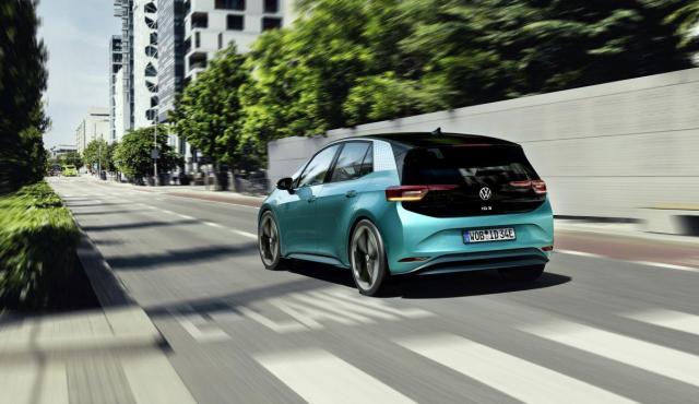 Volkswagen ID.3 sľubuje 550 kilometrov za 40 000 €