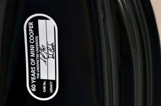 89-mini-jcw-anniversary-official-images-plaque