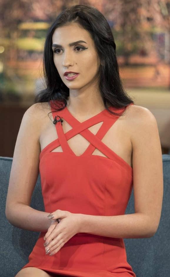 Model Aleexandra Kefren