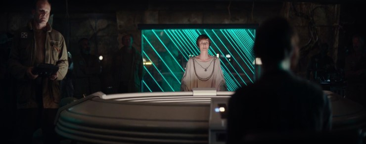 En hier worden we geïntroduceerd aan een oude bekende! Mon Mothma, de leider van de Rebel Alliance.