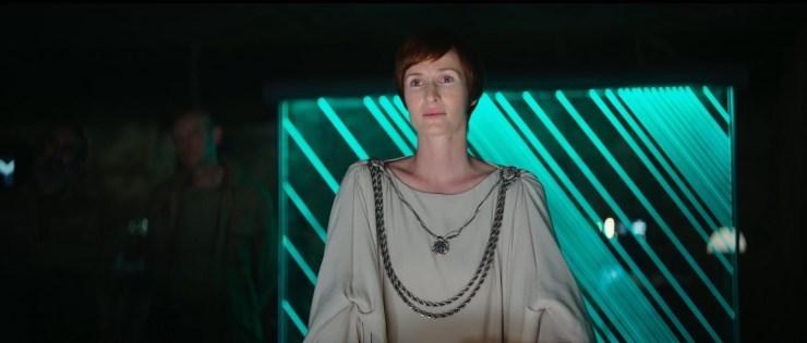 De casting van Mon Mothma is geweldig. Ik ben er bijna zeker van dat Genevieve O'Reilly deze rol weer op haar neemt, net zoals ze in Revenge of the Sith deed. Maar daar heb ik nog geen bevestiging van.
