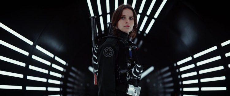 Jyn vermomd als een Imperial.