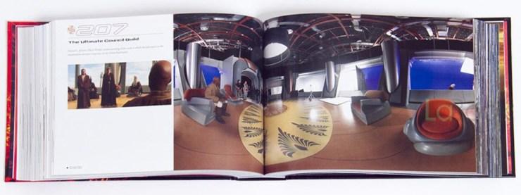 een 360º foto van de Jedi Council Chamber in Attack of the Clones. Met Samuel L Jackson en een aantal crew leden.