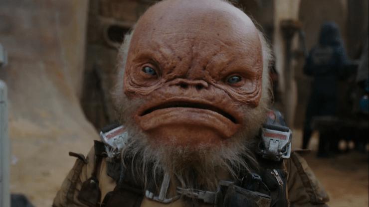 Warwick Davis (aka Ewok Wicket) heeft ook weer een rolletje. Hier demonstreert hij de beweeglijkheid van de animatronics in zijn gezicht.