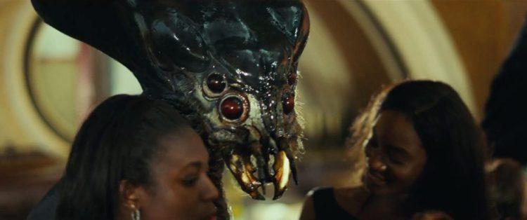 Een van de nieuwe aliens in het casino. Mensen met een fobie voor insecten zullen hier wel met een flinke boog omheen lopen.