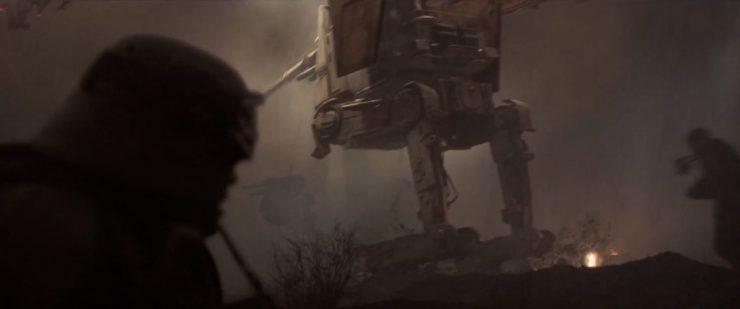 Hier zien we iets dat we nog niet eerder zagen, een AT-ST variant die het beeld in, en het slachtveld op, komt springen.