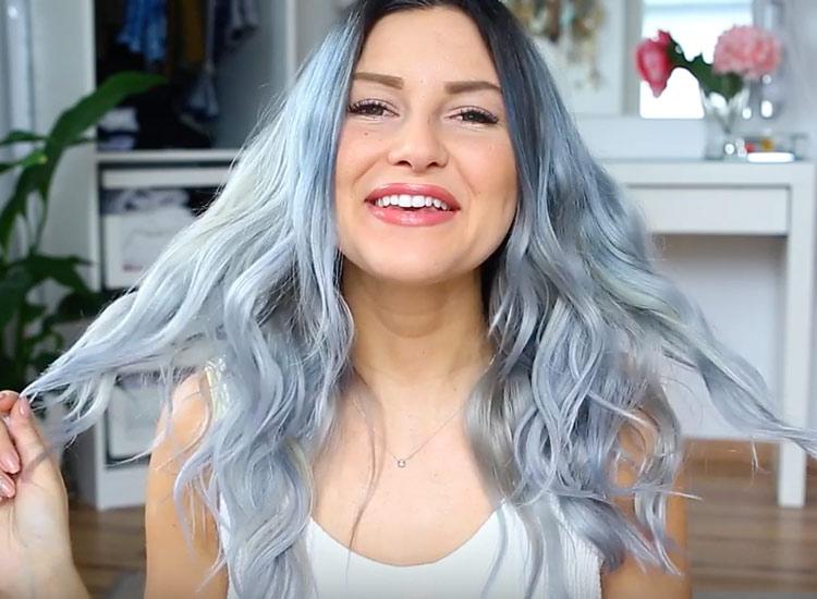 Mary M hat graublaue Haare  STARZIP