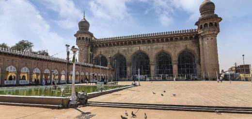 Mecca Masjid, Hyderabad - largest mosques in India