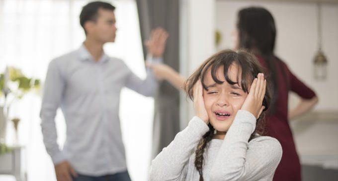 Le implicazioni strutturali e psicopatologiche degli eventi stressanti infantili e recenti nei disturbi dell'umore