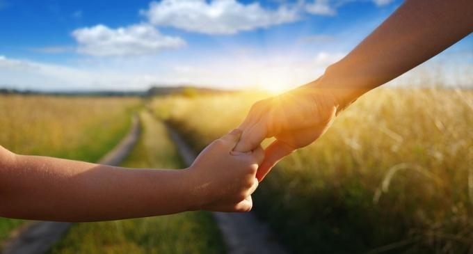 Genitori si diventa: le dinamiche psicologiche individuali e di coppia che accompagnano la nascita di un figlio