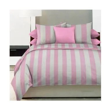 King Rabbit Motif Smith Bed Cover - Pink