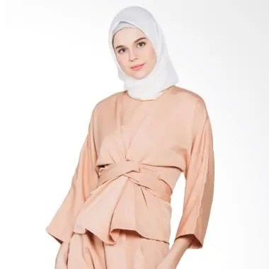 Covering Story Rajwa Top Blouse Muslim - Cream