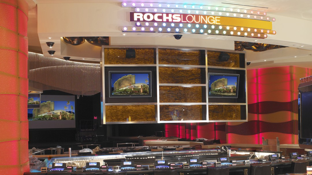 Rcoks Lounge Entrance