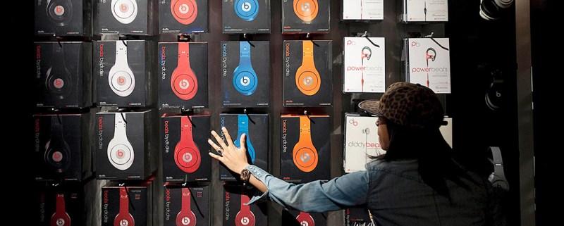 headphone industry sales market share statistics
