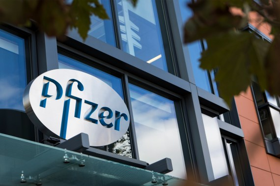 U.K. approves Pfizer's Covid-19 vaccine, putting pressure on FDA