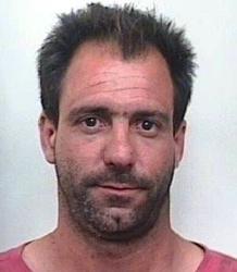 Matteo Pastucci, il pregiudicato arrestato dai carabinieri di San Severo, dopo la consegna spontanea in caserma, ieri sera