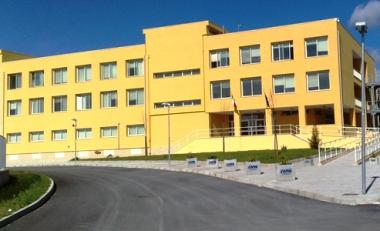 Polivalente Manfredonia (composto attualmente da Istituto Tecnico per Geometri