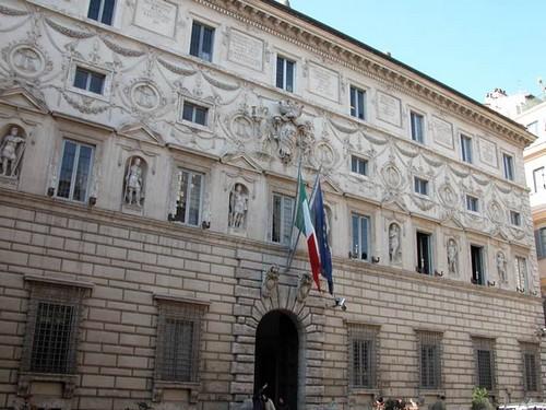 Consiglio di Stato (esterno; fonte image: gazzettalavoro)