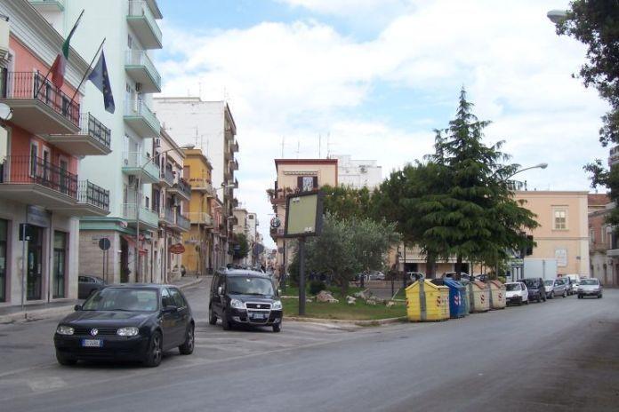 Manfredonia - Piazza Marconi (statoquotidiano) IMMAGINE D'ARCHIVIO