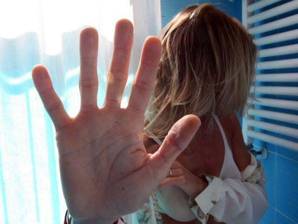 Violenze su donne, ph: stabiesi.net (immagine d'archivio)