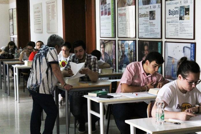 Studenti impegnati per la Maturità (Foggia, ph: MAIZZI)ARCHIVIO