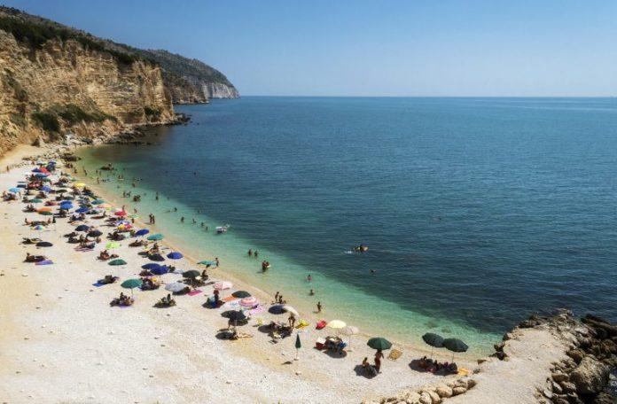 Una tipica spiaggia del Gargano, spettacolare! (http://www.wimdu.it/)