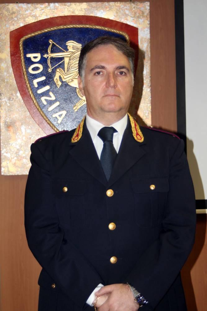 IL NEO DIRIGENTE DEL COMMISSARIATO DI PS DI MANFREDONIA, DOTT. D'INTRONO