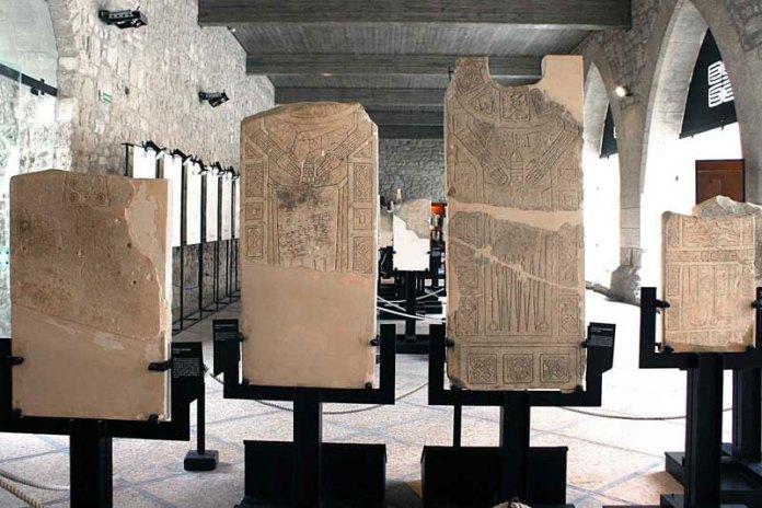 Stele Daunie-Castello di Manfredonia- Museo Nazionale Archeoligico (IMMAGINE D'ARCHIVIO)
