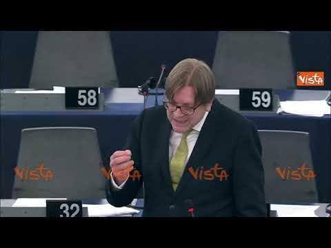 Conte attaccato all'Europarlamento: