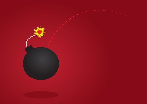 17811968 - lit bomb thrown with red background - FONTE LALEGGEPERTUTTI
