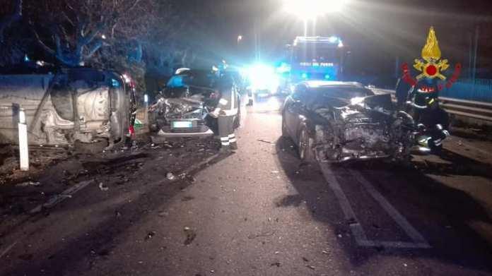 ANCONA,3 MAR - Incidenti stradali; due morti e 5 feriti a Porto Recanati.