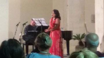 7 agosto 2019-Chiostro Municipio di Manfredonia-Concerto -Sulle ali della lirica- Il soprano Raffaella Palumbo insieme al M° Davide Dellisanti