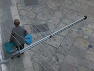 Video Clip - Venditore di capperi di Mattinata in via Maddalena a Manfredonia