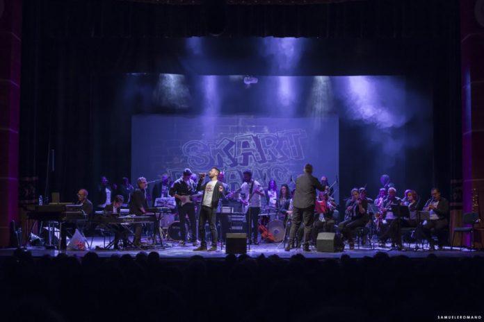 La foto della Skart Dynamic Orchestra è di Samuele Romano