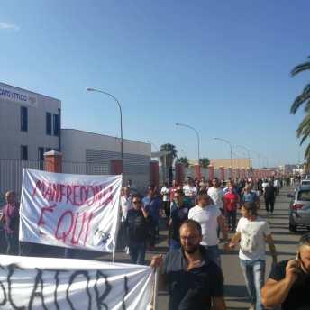 PROTESTA PESCATORI MANFREDONIA 11102019 (3)