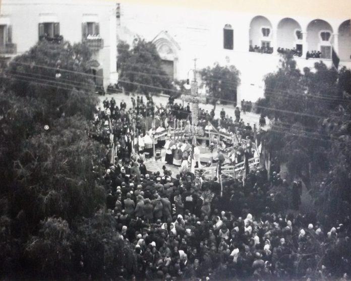 COPERTINA-IV-Novembre-1921-Piazza-Municipio-Commemorazione-dei-caduti-in-guerra-1°-Conflitto-mondiale