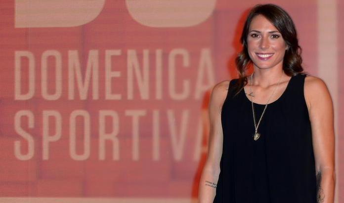 Regina Baresi posa per i fotografi negli studi Rai di corso Sempione e a Milano da dove viene trasmessa la Domenica Sportiva Estate, Milano, 26 maggio 2018. ANSA / MATTEO BAZZI