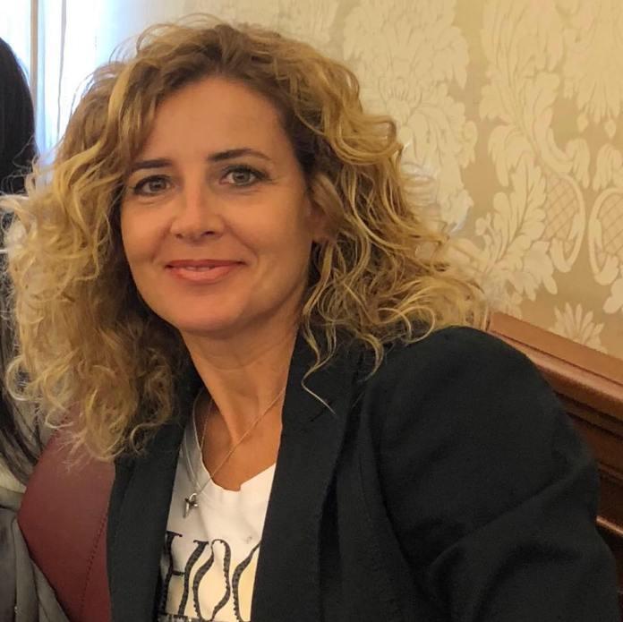 Dopo diversi mesi di lavoro e incontri, è stato firmato ieri, 10 febbraio, a Torremaggiore il protocollo d'intesa tra i sindaci dell'Alto Tavoliere per i progetti di sviluppo del territorio come richiesto dal CIS