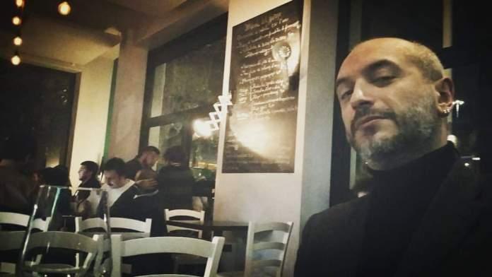Vincenzo Vitulli. Avvocato, foggiano, attuale membro del Direttivo della Federazione Italiana Diritti Umani, segni particolari: rockstar