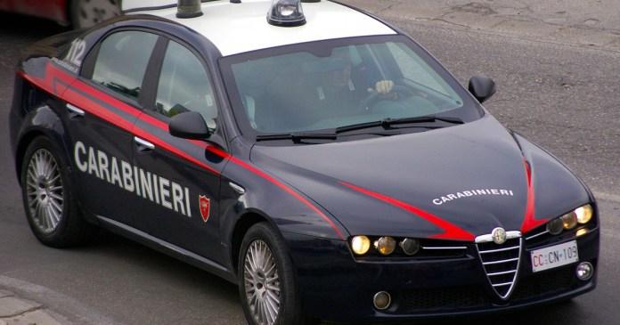 Gazzella carabinieri Facebook