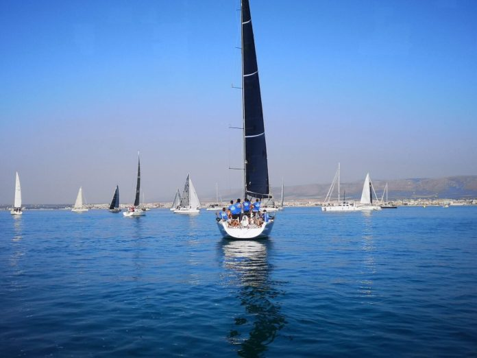 Manfredonia, settembre 2020. Anche quest'anno la Lega Navale Italiana – Sezione di Manfredonia ha organizzato la Regata del Gargano – Pizzomunno Cup, manifestazione velica giunta alla XXVIIIedizione.