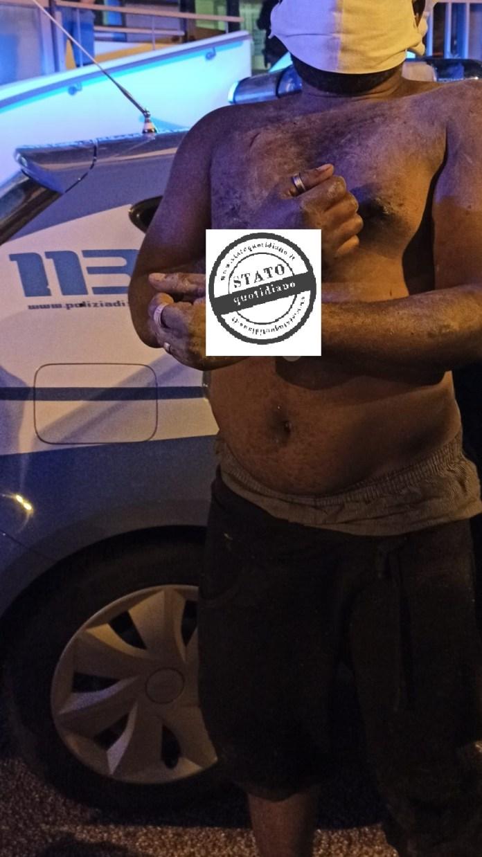 Fermo immagine del 25enne nigeriano, irregolare sul territorio dello Stato, fermato dagli agenti della Squadra Volanti del Commissariato di P.S. di Manfredonia (sq)