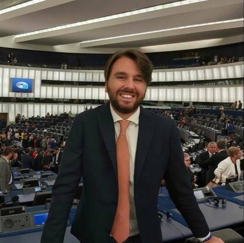 L'eurodeputato Mario Furore (st)