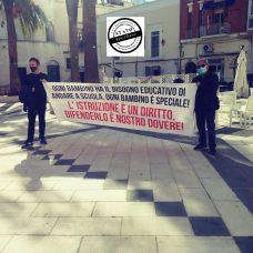 SCUOLE, PASSATA PROTESTA A MANFREDONIA (30.10.2020)