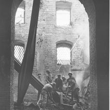 15 dicembre 1950-Pompieri dopo l'incenzo del mulino-pastificio